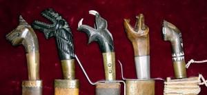 Vari tipi di impugnature di armi originarie delle Visayas, Filippine centrali